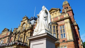 Queen Victoria's Statue in front of the Town Hall