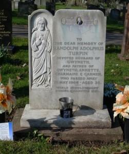 Randolph's-headstone
