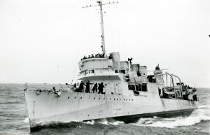 HMS Leamington at sea, 1942