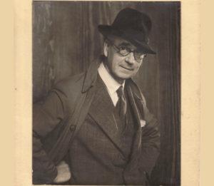 J.E.Duggins