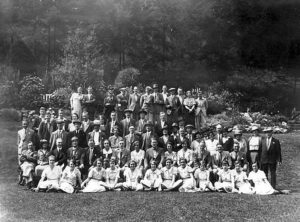 A.Tomes 'Waysgoose' Cheddar Gorge 13 July 1935, with Lord Crooke of Carshalton seated centre